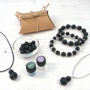 aromatherapy jewellery with bamboo oil