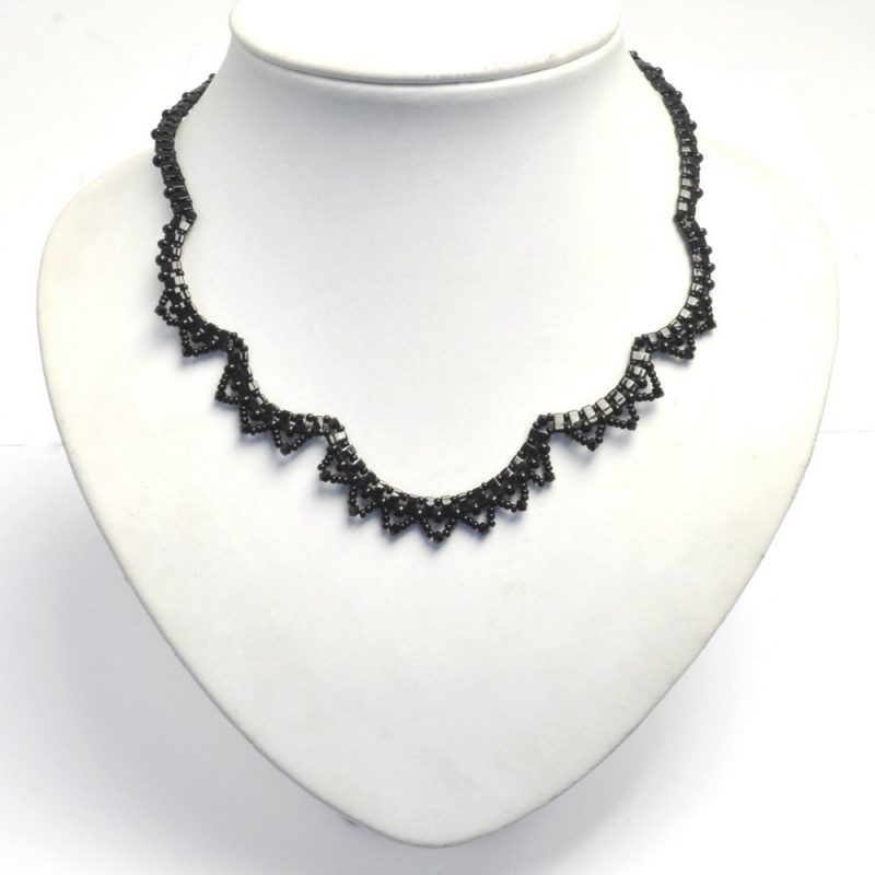 Vintage style lace necklace in the black colourway