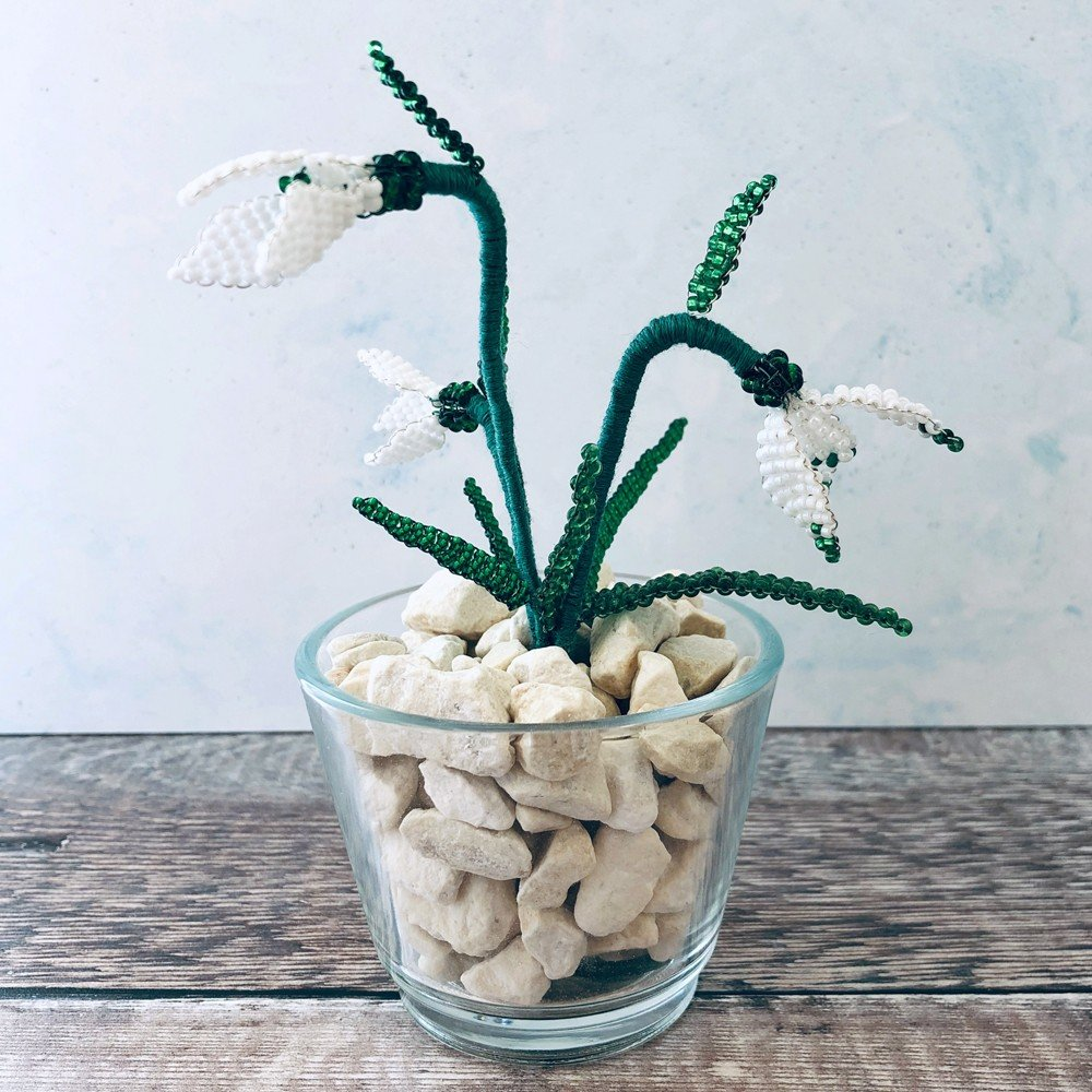Beaded Snowdrops designed and made by Lesley Belton