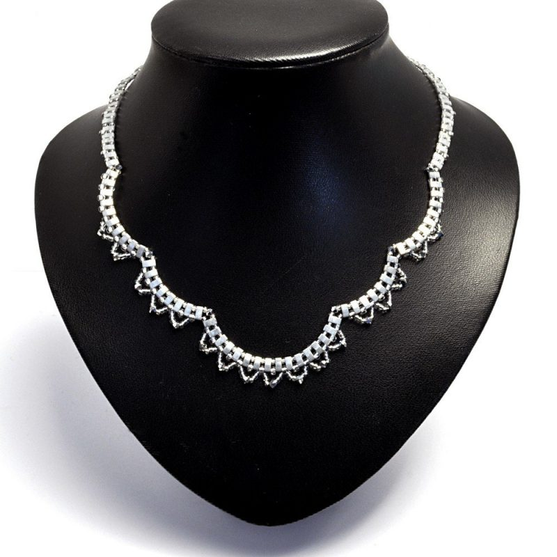 Vintage style lace necklace in the silver colourway