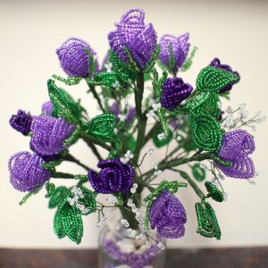 Beaded Roses by Lesley Belton