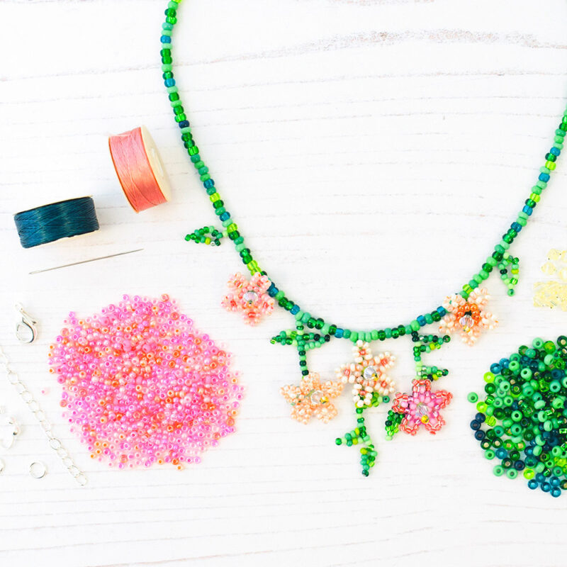 pink trailing flowers necklace kit