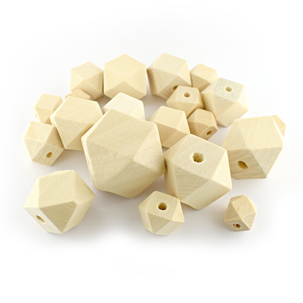 Geometric wooden bead set