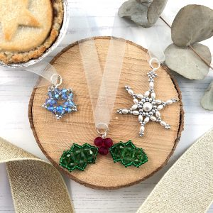 Festive Decorations trio kit