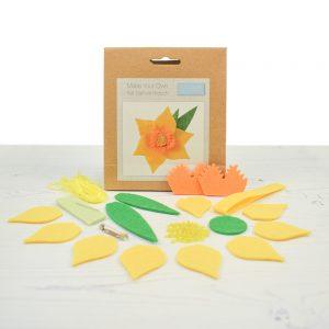 Daffodil felt kit