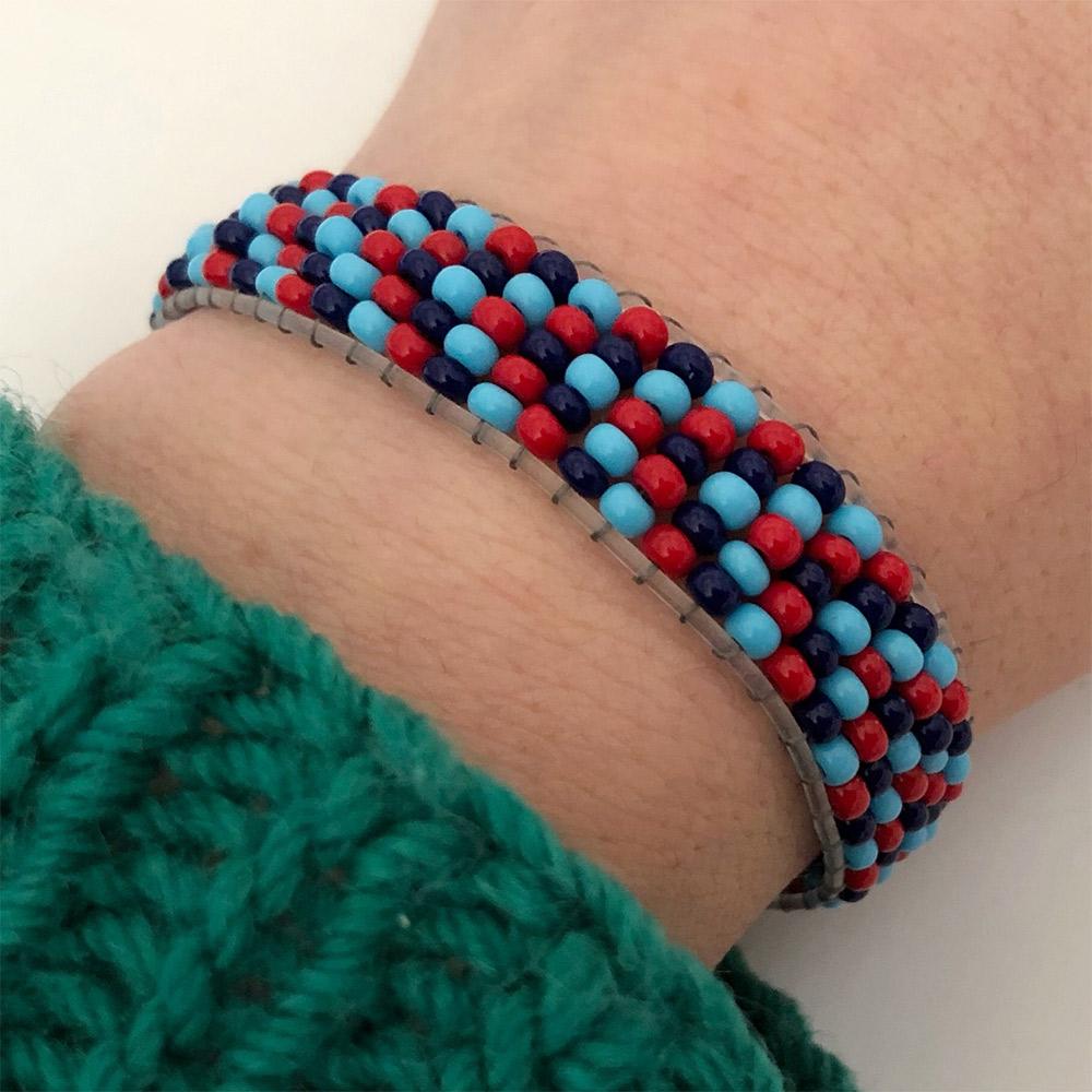 Elasticated Endless loom bracelet